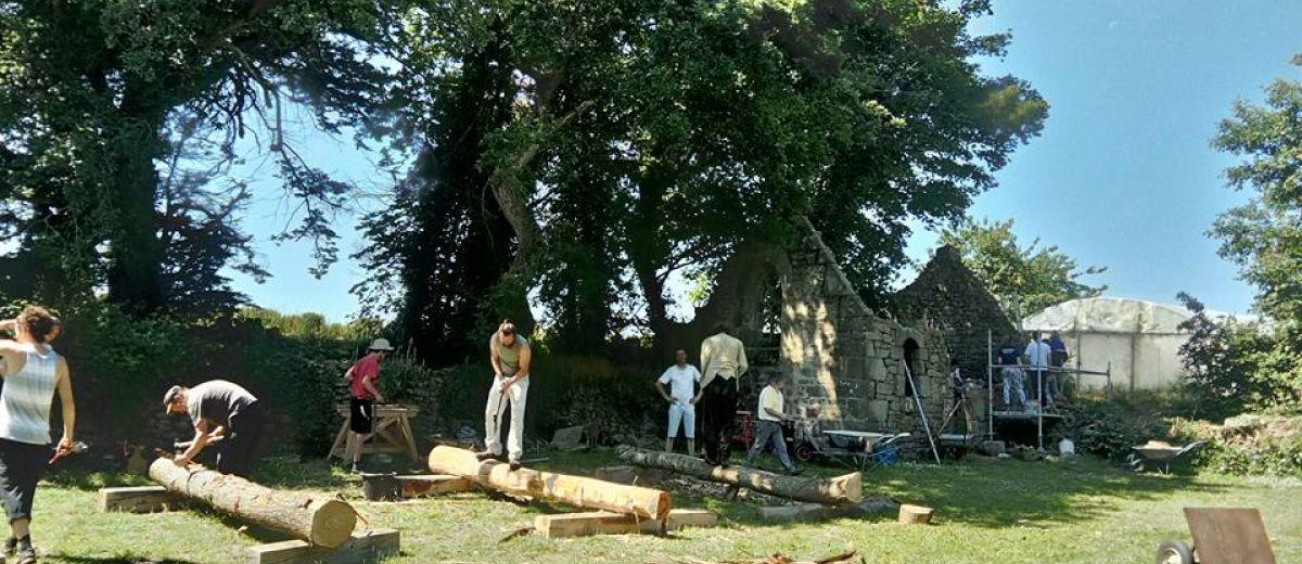 stages maçonnerie de pierre, stage charpente à l'ancienne, restaurer une maison ancienne, Bretagne, chantier participatif en bretagne, patrimoine rural