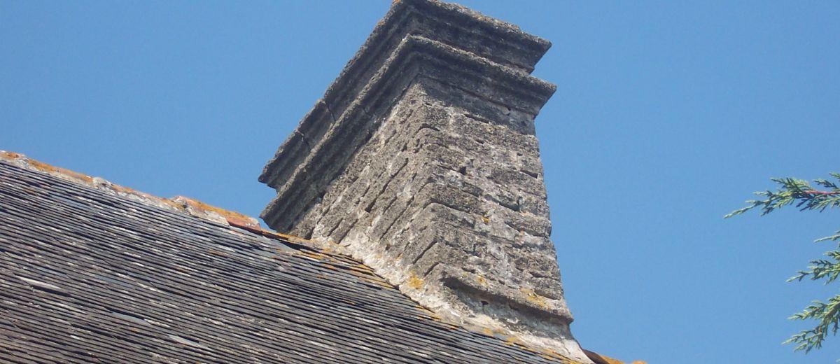 souche de cheminée ancienne, patrimoine, restaurer une maison ancienne, patrimoine rurale, Bretagne, sauvegarder, souches anciennes