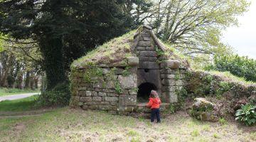 restaurer un four à pain, patrimoine, maison rurale, Bretagne
