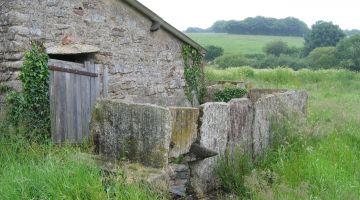 clôture en palis, restaurer sa maison, patrimoine, Bretagne, Loire-Atlantique